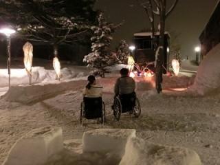 素敵な雪あかりに